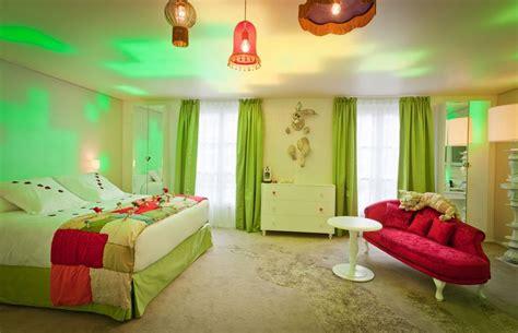 Alice In Wonderland Bedroom Decor by Bedroom Decoration Alice In Wonderland Bedroom Decor
