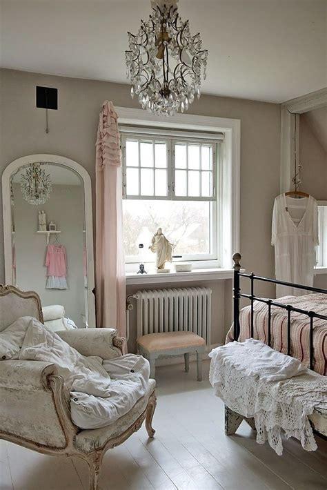 Best 25+ Pink Vintage Bedroom Ideas On Pinterest Vintage