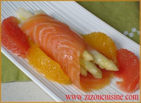 saumon cuisine fut馥 asperges blanches vinaigrette tiède aux agrumes et saumon fumé un prof en cuisine