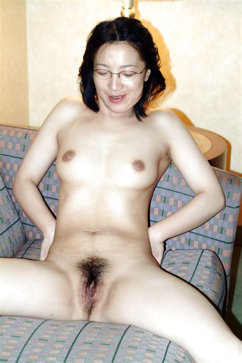 Chinese Milf Nude In Hotel 11 Pics