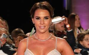 Danielle Lloyd hopes to have twin daughters next year ...