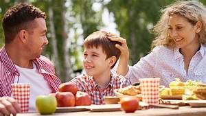 Creating Healthy Eating Habits for Kids – SuperFoodsRx ...