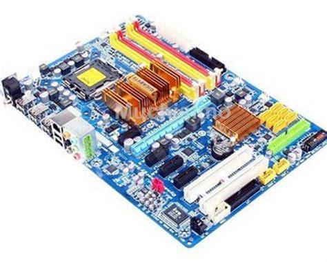 Gigabyte GA-EP43-DS3L Desktop Motherboard EP43-S3L P43 ...