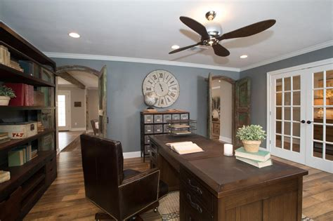 joanna gaines ceiling paint color is just a tire swing a woodway fixer hgtv s fixer with chip and
