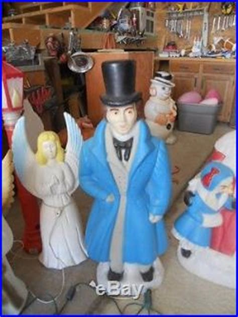 blowmold outdoor  pcs lighted dickens christmas carolers