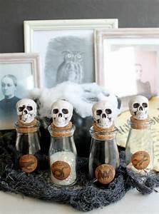Decoration Halloween Pas Cher : halloween d coration moderne pour l 39 int rieur ~ Melissatoandfro.com Idées de Décoration