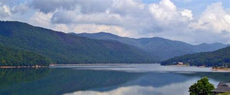 Carefree Boating by Watauga Lake East Tennessee Carefree Boater Boating
