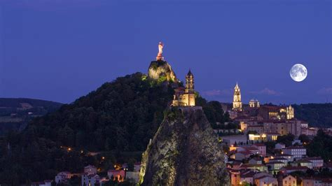 le puy en velay bing wallpaper