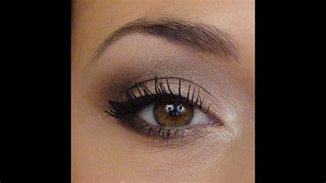 Maquillage pour les yeux en vente sur notre boutique en ligne