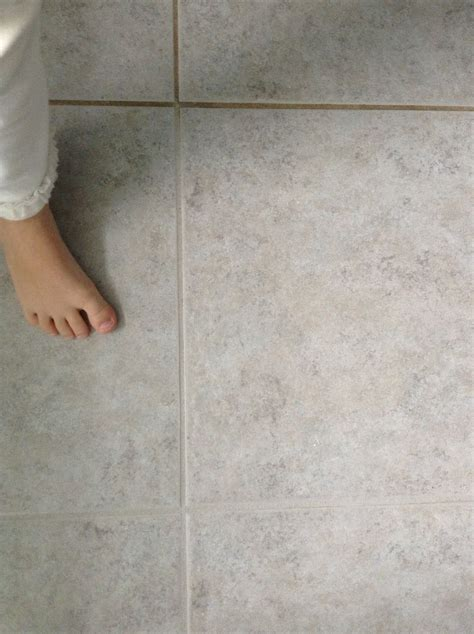 Regrouting Bathroom Tiles Youtube by Cleaning Old Bathroom Tile