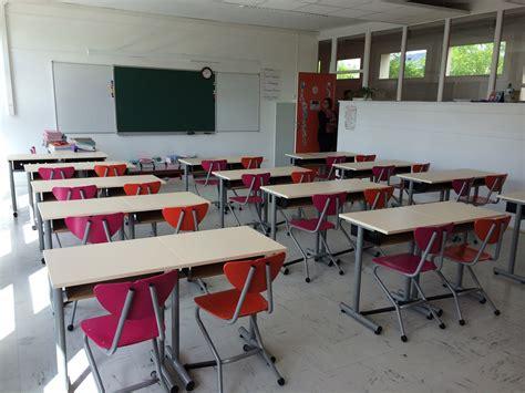 mobilier bureaux foyer élèves amphithéâtre salle de