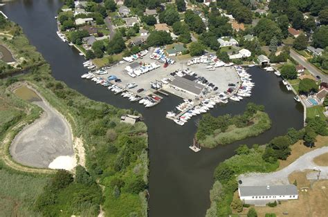 Patchogue Shores Boats by Patchogue Shore Marina In East Patchogue Ny United