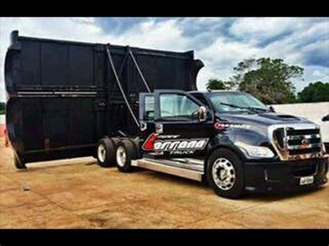 Fmonster Cachorrona Mega Truck À DestruiÇÃo Com 208 Alto