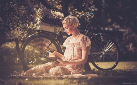 vintage books photography wallpaper 25 best and beautiful vintage photography exles