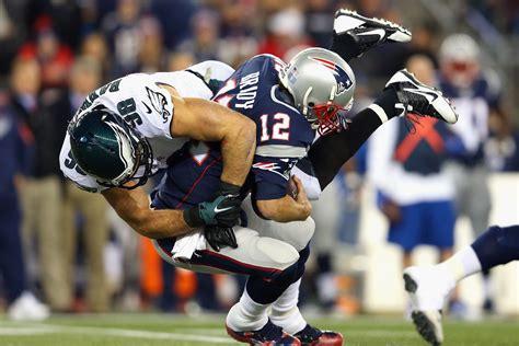 eagles  patriots   quarter score updates