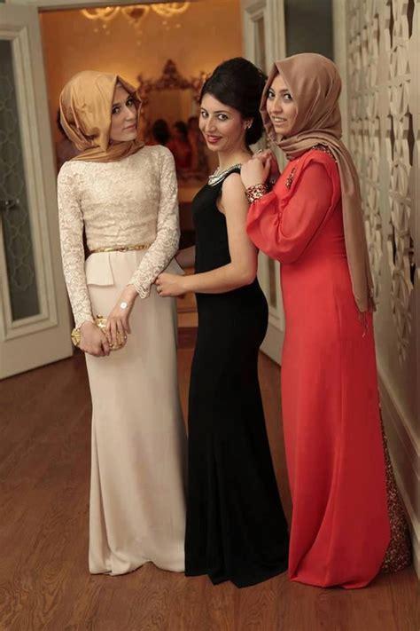 baju jilbab dress muslim untuk ke pernikahan