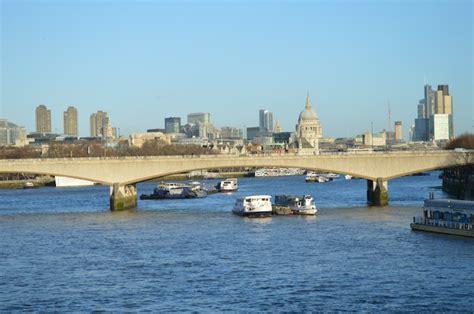 Why Is Waterloo Bridge Sometimes Known As The Ladies ...
