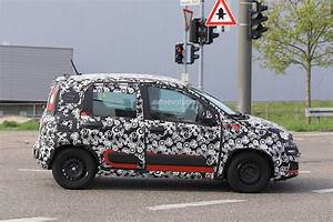Fiat Panda 2018 Prix : 2018 fiat panda facelift spied testing in germany no major changes expected autoevolution ~ Medecine-chirurgie-esthetiques.com Avis de Voitures