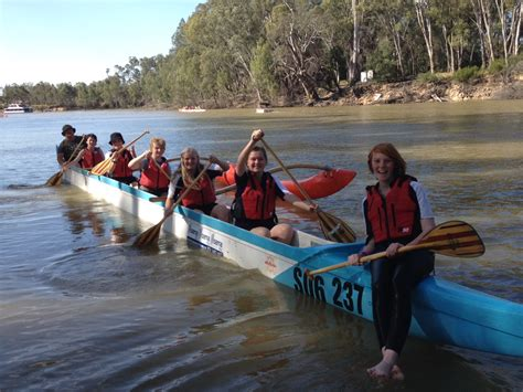 Echuca Boat Canoe Hire Echuca Vic by Outrigger Canoeing Echuca College