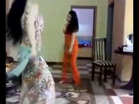 رقص بنات يمني / سعودية والاصل يمانية - YouTube : سكس سحاق بنات مع ...