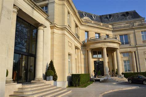chateau mont royal chantilly tiara h 244 tel ch 226 teau mont royal chantilly suite penthouse avis sur l h 244 tel