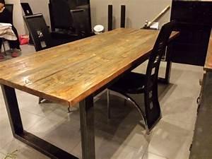 Table salle a manger bois et fer table cuisine petite for Meuble de salle a manger avec table À manger en bois moderne