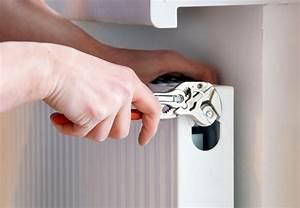 Handtuchhalter Für Flachheizkörper : handtuchhalter heizung obi abdeckung ablauf dusche ~ Markanthonyermac.com Haus und Dekorationen