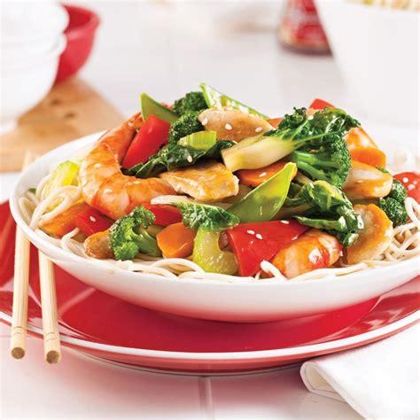 cuisine cantonaise 1000 idées sur le thème chow mein sur nouilles