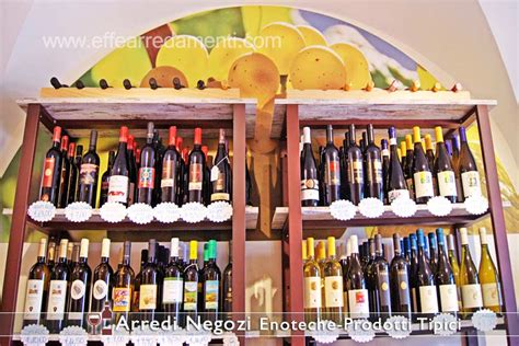 scaffali per vini arredamenti per enoteche e negozi di vini effe arredamenti