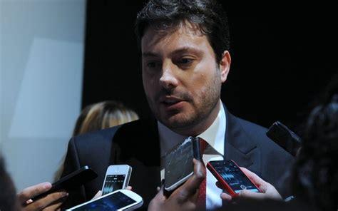 Danilo Gentili é condenado a pagar multa de R$ 2 milhões ...