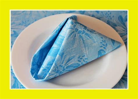 Servietten Falten Bestecktasche Dreieck servietten falten bestecktasche dreieck servietten falten