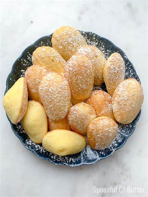Browse the user profile and get inspired. Moist Madalines / French Madeleines Sifting Through Life - La muchacha por nombre de la ...