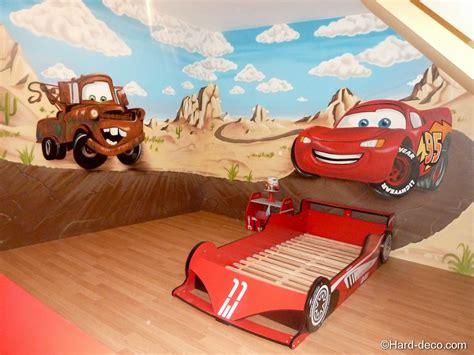 veilleuse chambre à coucher déco chambre garcon cars