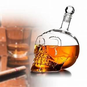 Verre A Whisky Tete De Mort : carafe whisky t te de mort crystal head bottle ~ Teatrodelosmanantiales.com Idées de Décoration