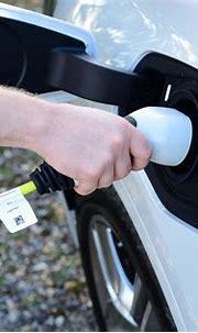 BMW X1 hybrid range, MPG, CO2 & charging | DrivingElectric
