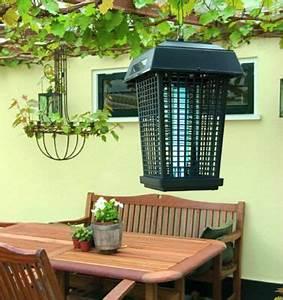 Anti Moustique Exterieur Efficace : appareil anti moustiques ampoule incluse castorama ~ Dode.kayakingforconservation.com Idées de Décoration