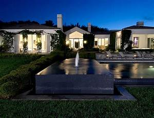 Beverly Hills Residence for Celebrities - DigsDigs