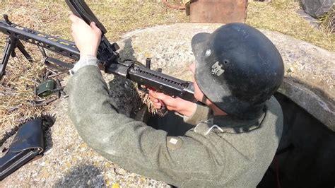 FIRING A MG42 - FULL BURST - YouTube