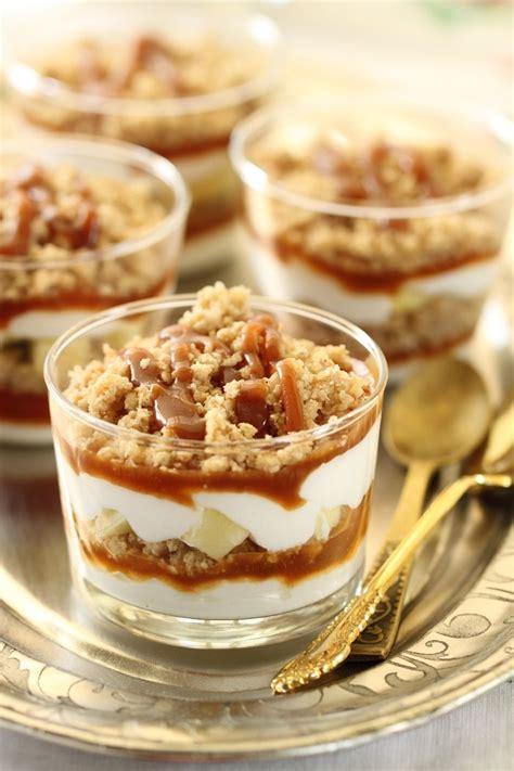 cuisine uretre et dessert crumble aux pommes dessert crème fouettée et caramel