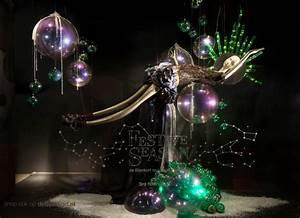 de Bijenkorf 'Festive Season' Christmas Window Displays ...