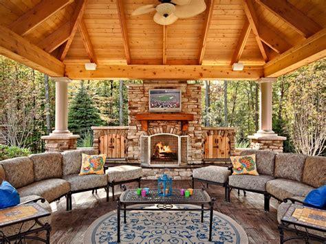 Outdoor Fireplace Plans Hgtv