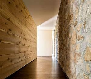 Mur En Pierre Interieur Moderne : pierre et bois dans une maison moderne californienne ~ Melissatoandfro.com Idées de Décoration