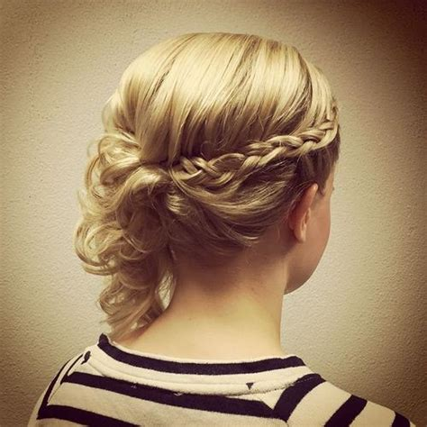 Hairstyles For Thin Hair Updos by 15 Unique Updos For Thin Hair