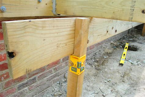 checking or notching deck posts how to build a deck posts notches frogs house