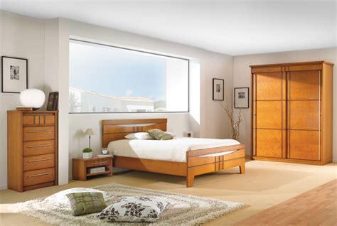 location d une chambre meubl馥 d 233 co chambre meuble merisier exemples d am 233 nagements