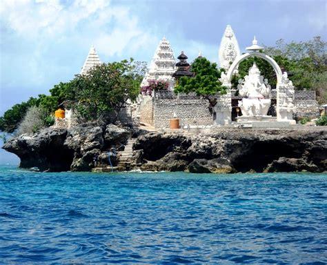 underwater paradise  menjangan island bali