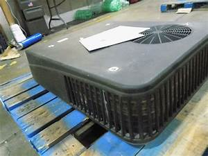 Coleman 47003a879 Mach 8 Low Pro Rv Rooftop Ac Upper Unit 13500 Btu Black