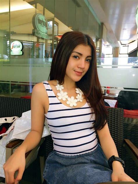 foto selfie wanita tercantik indonesia  twitter  momot