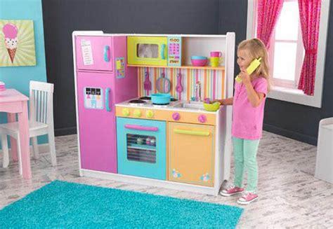 kidkraft deluxe big  bright kitchen