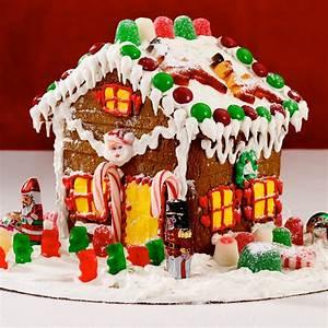 Christmas Gingerbread House - William Greenberg Desserts